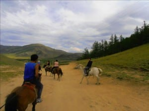 Randonnée à cheval au volcan de Khorgo